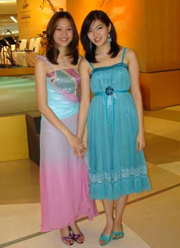 1 girls of thailand Ladyboys in